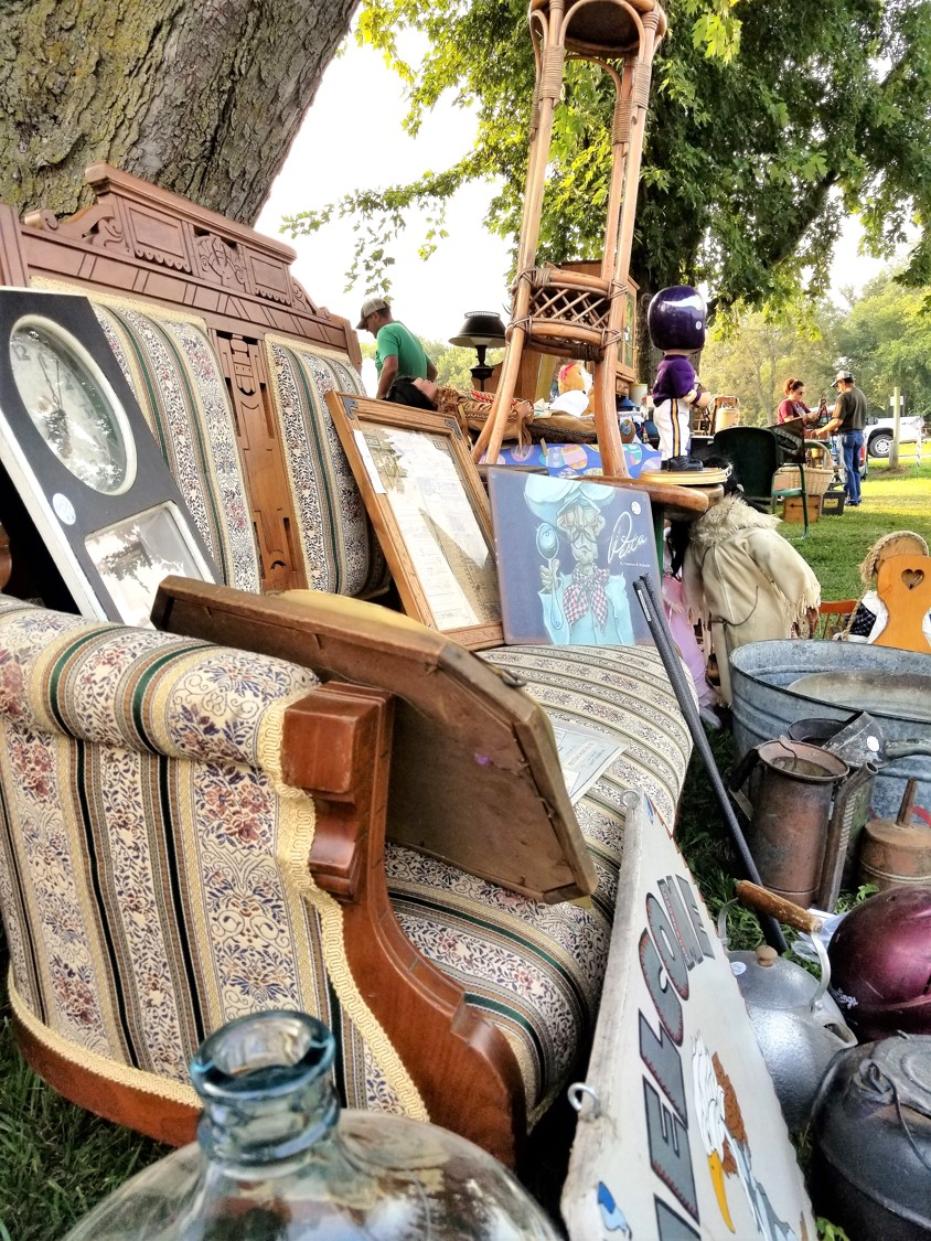 Sparks Antiques and Collectibles Flea Market